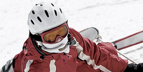 Ski: plus de morts avec le casque