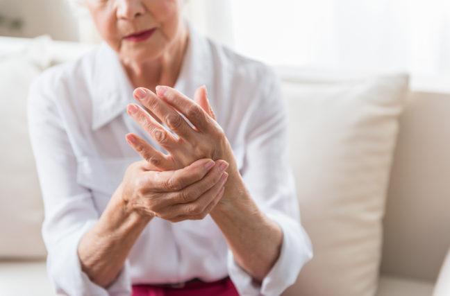 La gemmothérapie contre l'arthrose, et autres traitements naturels