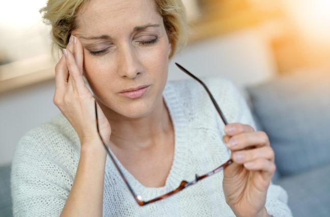 De la lumière verte contre les migraines